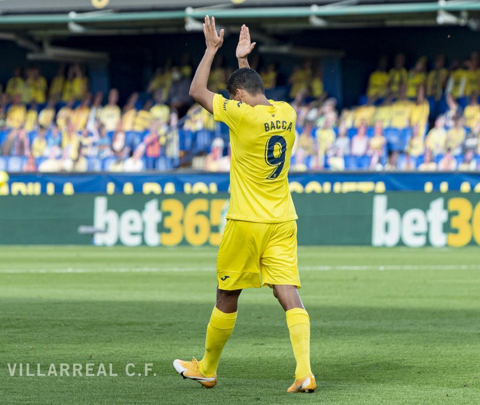 Liga España: Carlos Bacca dedicó de manera especial su hat trick con Villarreal a Sevilla | Colombianos en el Exterior 1