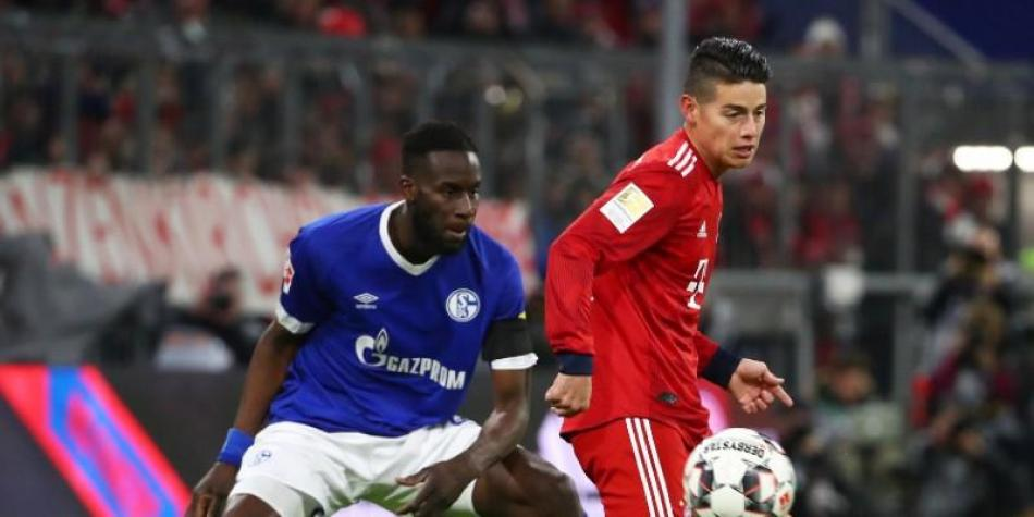 James vs Schalke 04