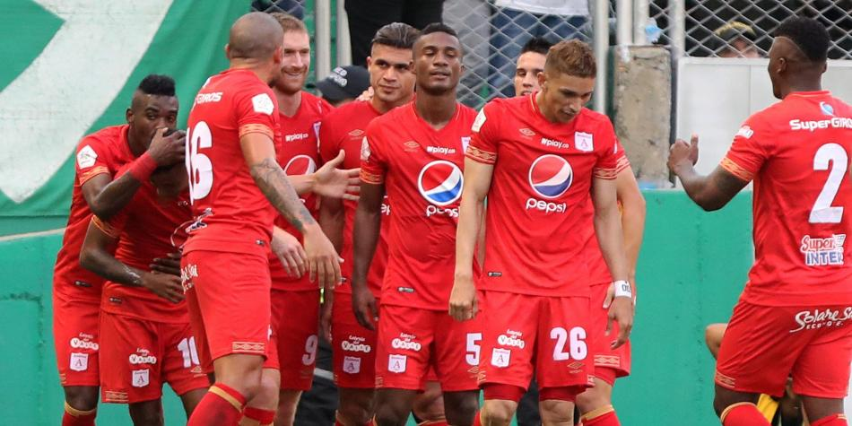 William Zapata se une al América de Cali