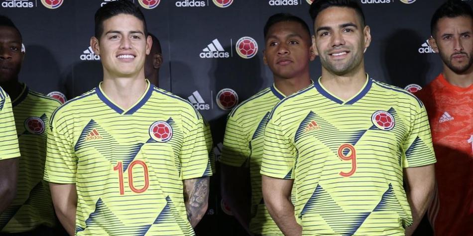 Comparan La Camiseta De La Selección Colombia 2019 Con Una