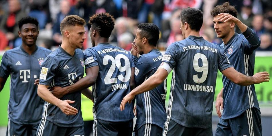 Bayern golea 4-1 en Dusseldorf y mantiene el liderato en Bundesliga