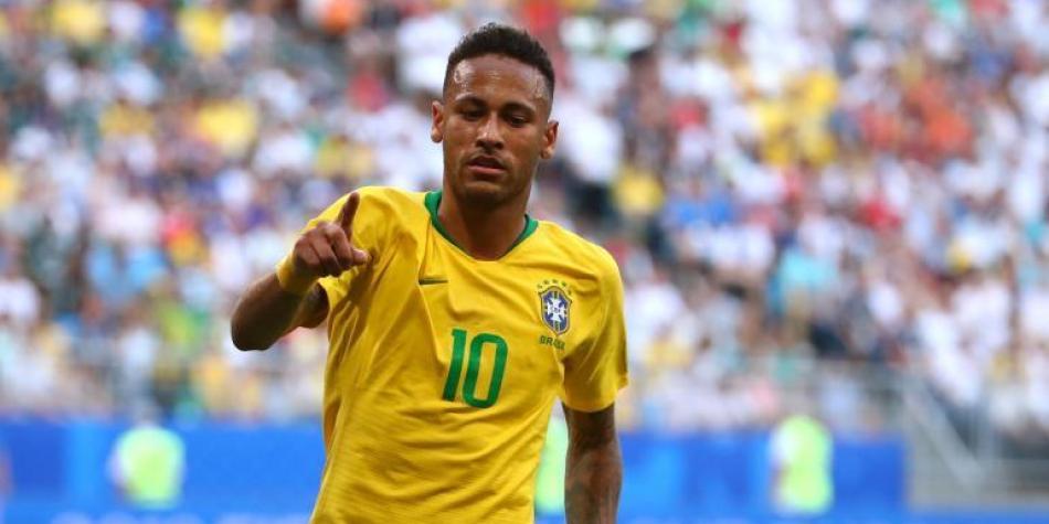 Fútbol: Neymar se ofrece al Real Madrid