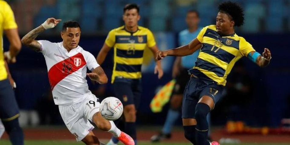 Perú viene de atrás y rescata un empate con Ecuador, la Franja marcó dos goles en cinco minutos