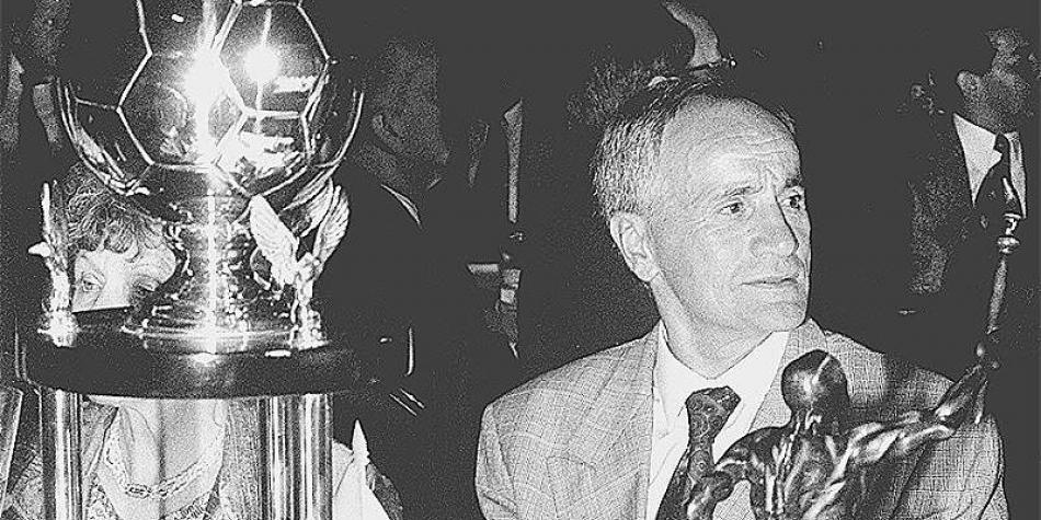 Además, dirigió Vladimir Popovic a Millonarios en 1994 y 1995.  A los rojos fue en 1971 y 1972.