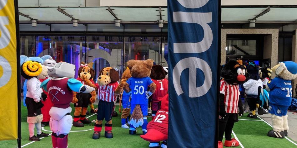 Mascotas Premier League