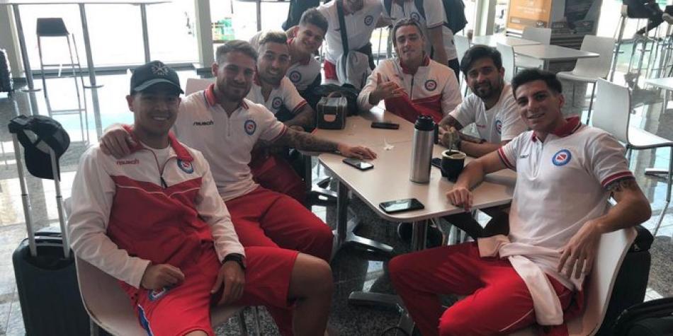 Suspendieron el partido entre Argentinos y Estudiantes de Mérida — Conflicto en Venezuela