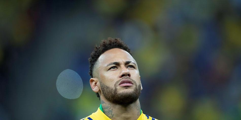 Neymar, cuatro semanas de baja por un esguince de tobillo