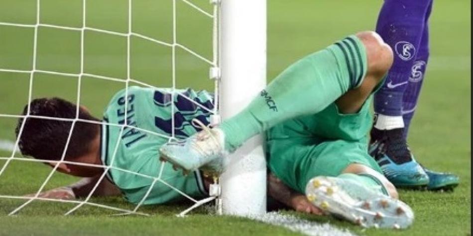 Benzema le devuelve la alegría al Madrid que trepa al liderato