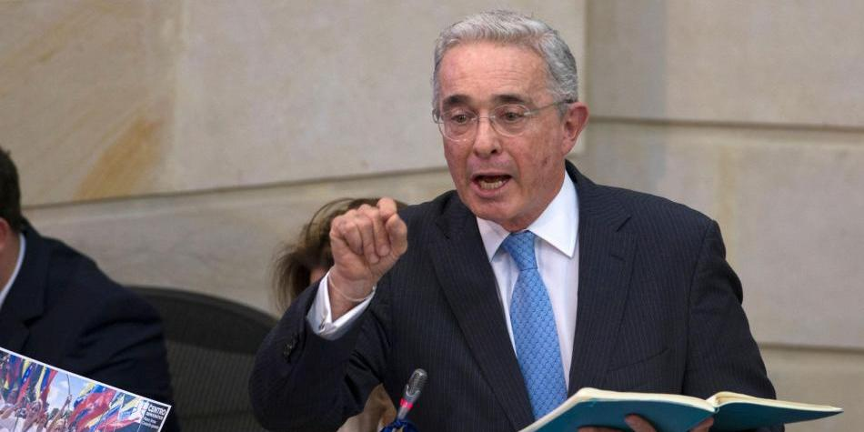 Álvaro Uribe noticias: polémica propuesta sobre entrenamientos de ...