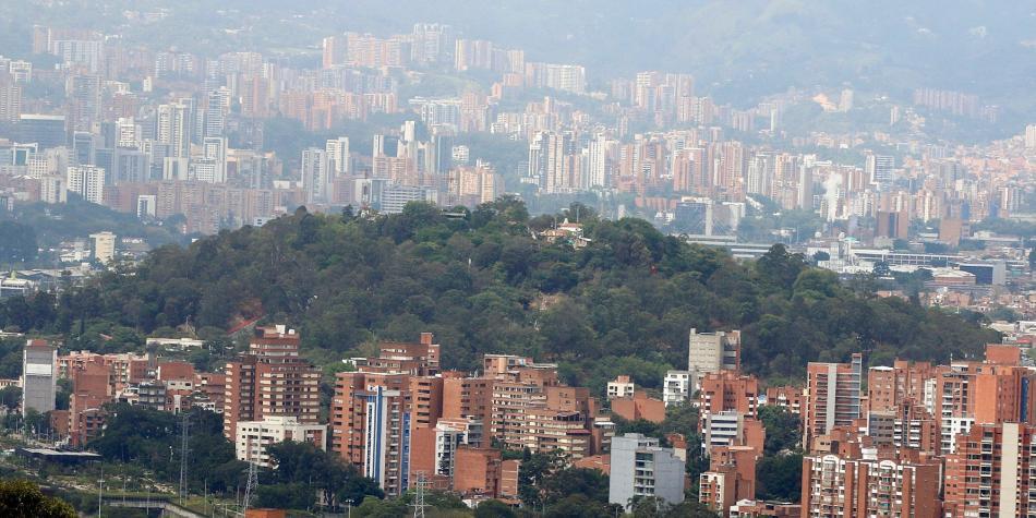 Medellin Y Valle De Aburra Toque De Queda Fin De Semana 24 Al 27 De Julio Coronavirus Fuera Del Futbol Futbolred