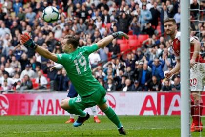 ¡Batacazo de Arsenal! Eliminó a Liverpool de Copa de Liga en ...