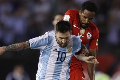 ¡Alineaciones confirmadas! Todo listo para duelo Argentina vs Chile