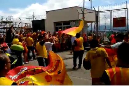 Emocionante recibimiento espera a plantilla del Pereira por el ascenso - Mobile Futbolred