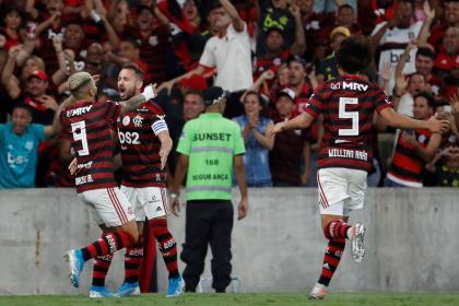 Gol, récord y expulsión: el picante gesto de un jugador brasileño - FutbolRed