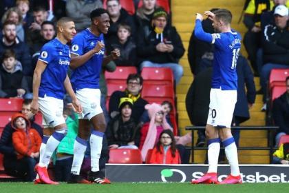 ¡Espectacular! Vea el doblete de Yerry Mina con Everton en la Premier