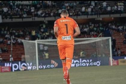 Quintana le responde a Osorio: atajó penal en Nacional vs. Tolima