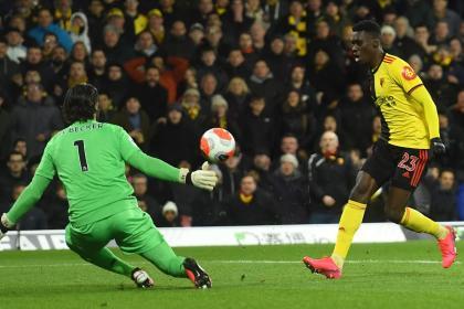 Se le 'avisparon': Watford acaba con el largo invicto del Liverpool