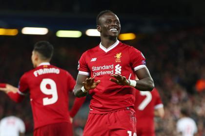 Mané lleva al Liverpool a la victoria: partido sufrido para el campeón