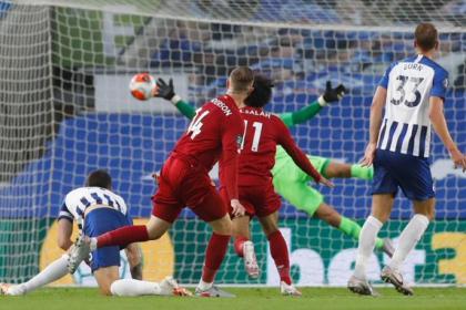 Liverpool sufrió más de la cuenta contra un Brighton duro y ...