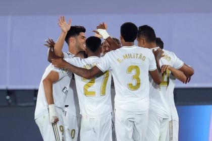 Victorias, penales y polémicas sin cesar: Real Madrid cerca del título