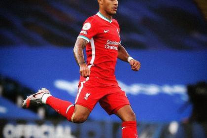 Baja en Liverpool: Thiago Alcantara dio positivo en test de covid-19