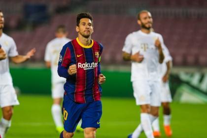 Messi no brilla, pero impone otro récord en la Champions League