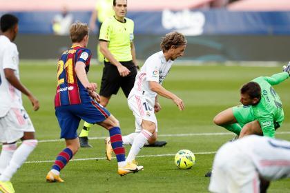 ¡Más que un clásico! Real Madrid se enfrenta a Barcelona por La Liga