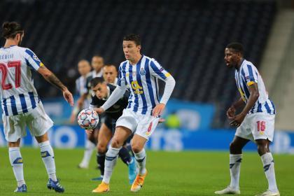 Con Uribe los 90 minutos, Porto logró su primer triunfo en Champions