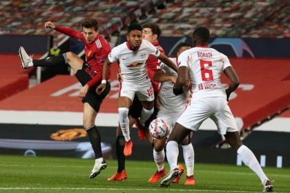 Manchester United brilló en su casa y humilló por 5-0 a Leipzig
