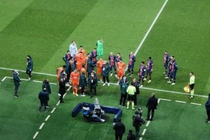 Escándalo en Champions: suspenden partido por racismo de un ...