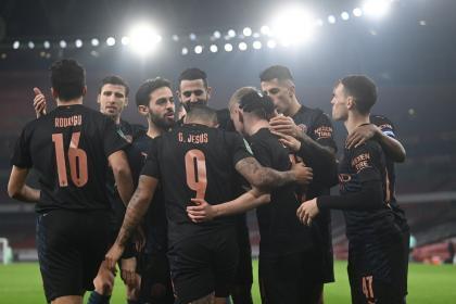 No termina la pesadilla de Manchester City: tres positivos por covid