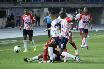 Junior no brilló en el debut, pero superó 1-0 a un combativo Medellín