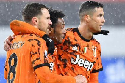 Con lujo de asistencia de Cuadrado, Juventus venció 0-2 a ...