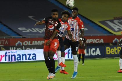Lo bueno y lo malo del bicampeón colombiano en partido contra ...