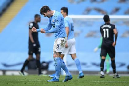 Manchester City superó a West Ham, en su carrera por la Premier