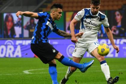 Atalanta no aprovechó gris día de Inter: derrota y ¿baja de Zapata?