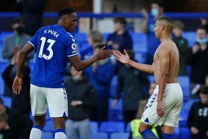 Con Yerry pero sin James: siga EN VIVO el duelo Everton vs Burnley