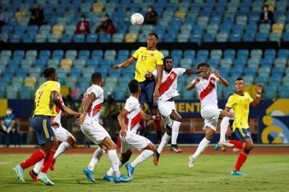 Otro día de sorpresas: ¡Colombia, con cuatro cambios contra Perú!