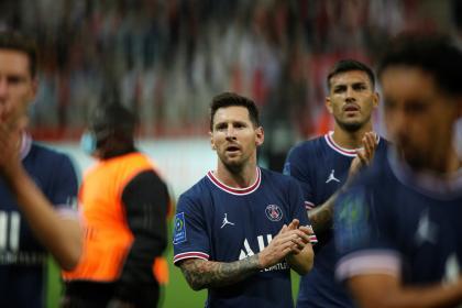 ¿Más sal a la herida? Messi reapareció en gigante imagen en ...