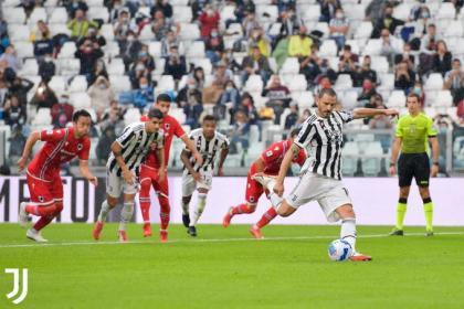 Agridulce triunfo de Juventus, con Cuadrado: puntos pero con lesiones