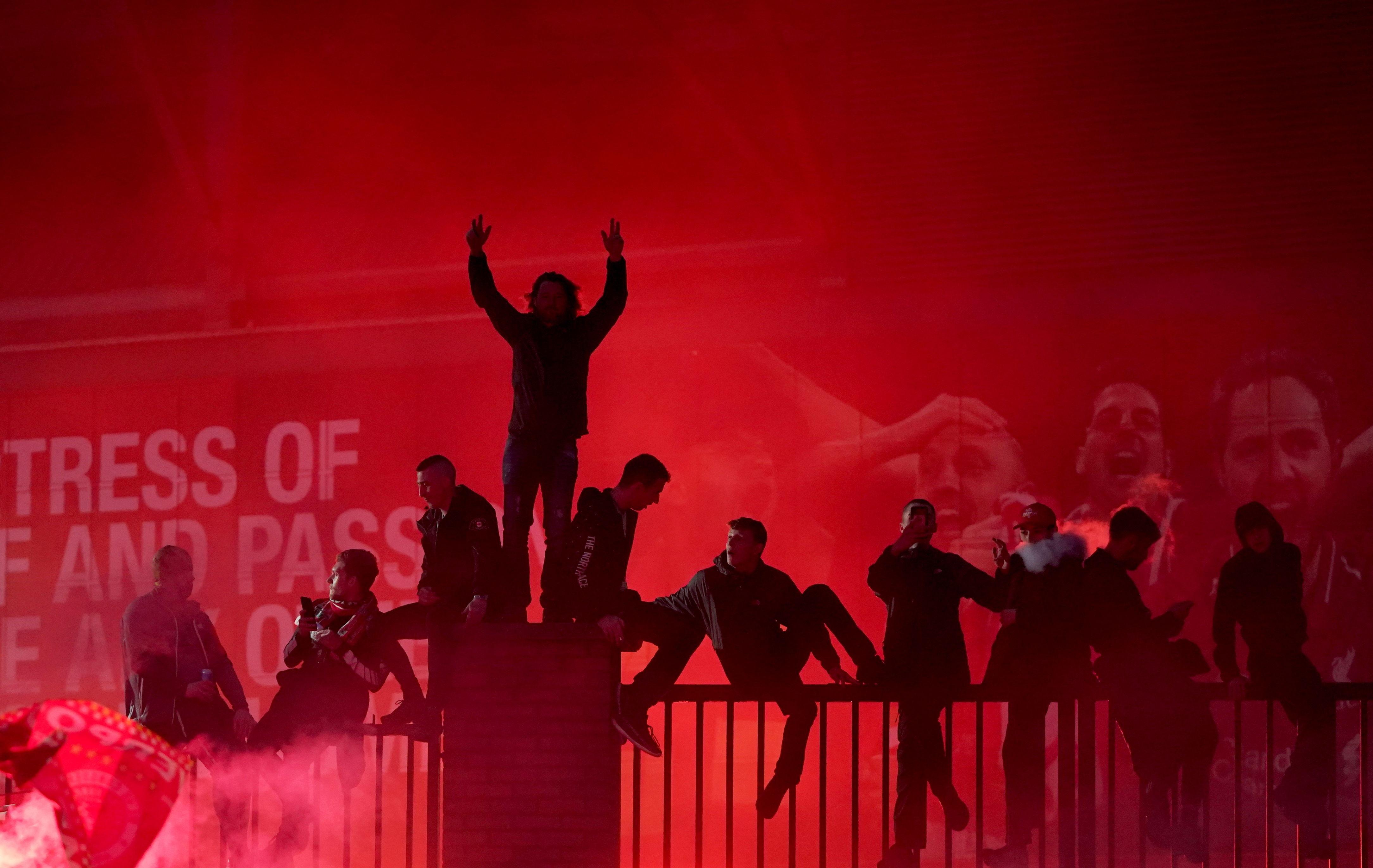 Las mejores imágenes de un esperado título: Locura en Liverpool 6