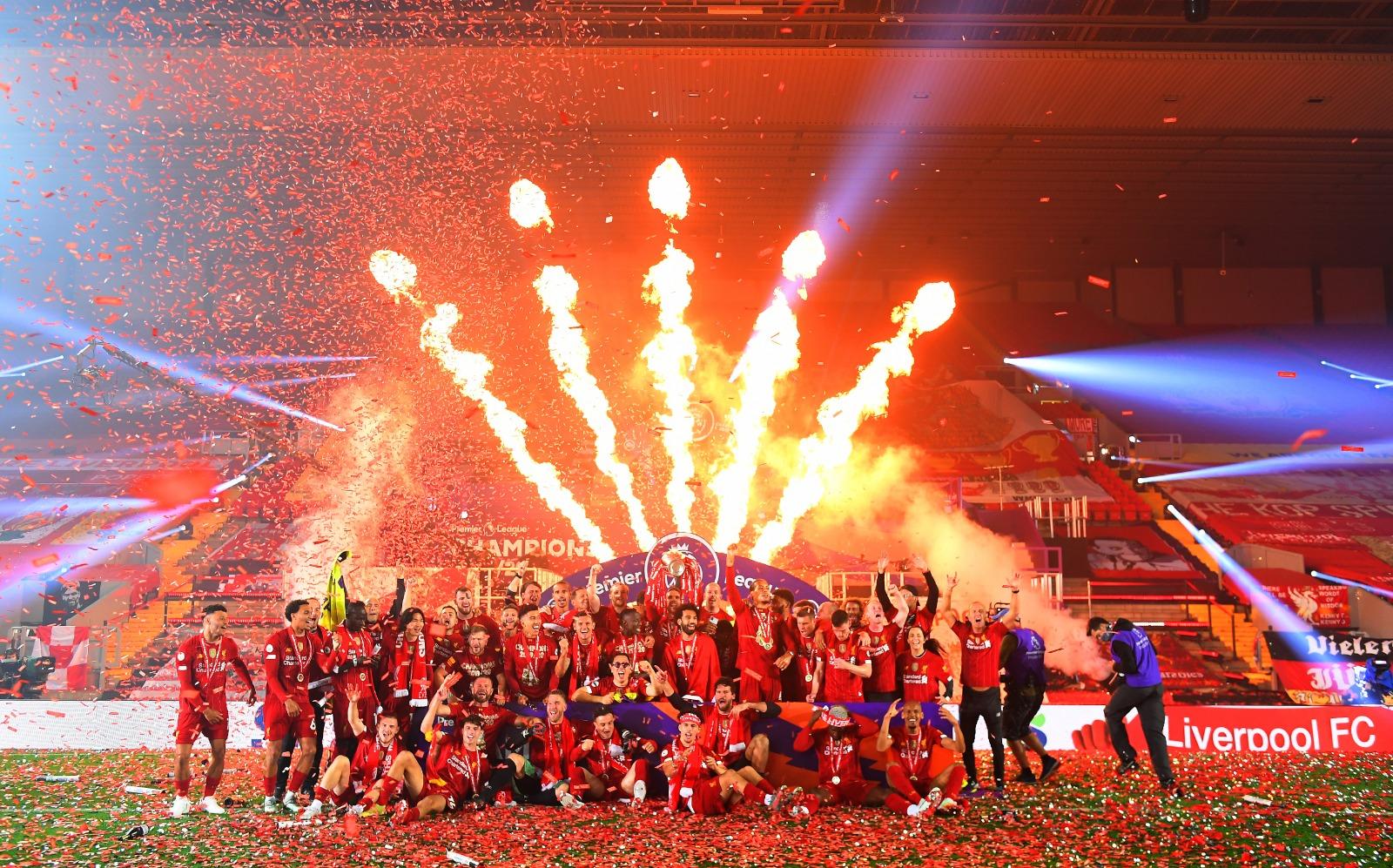 Las mejores imágenes de un esperado título: Locura en Liverpool 9