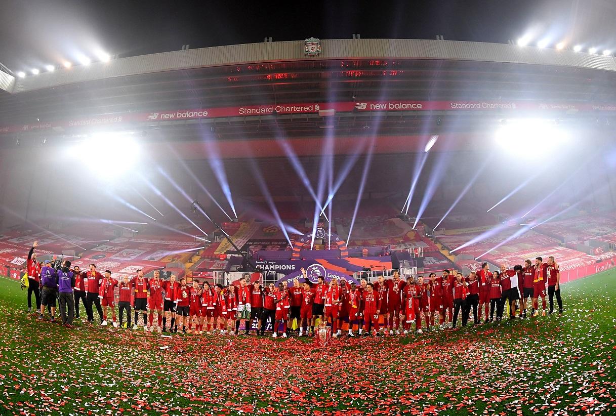 Las mejores imágenes de un esperado título: Locura en Liverpool 11