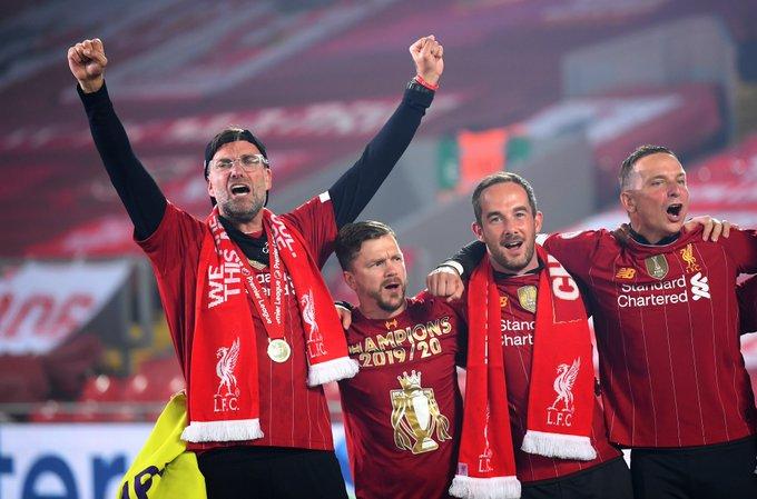 Las mejores imágenes de un esperado título: Locura en Liverpool 12